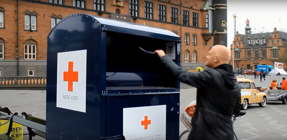 Morten Kabell støtter Smid tøjet kampagnen
